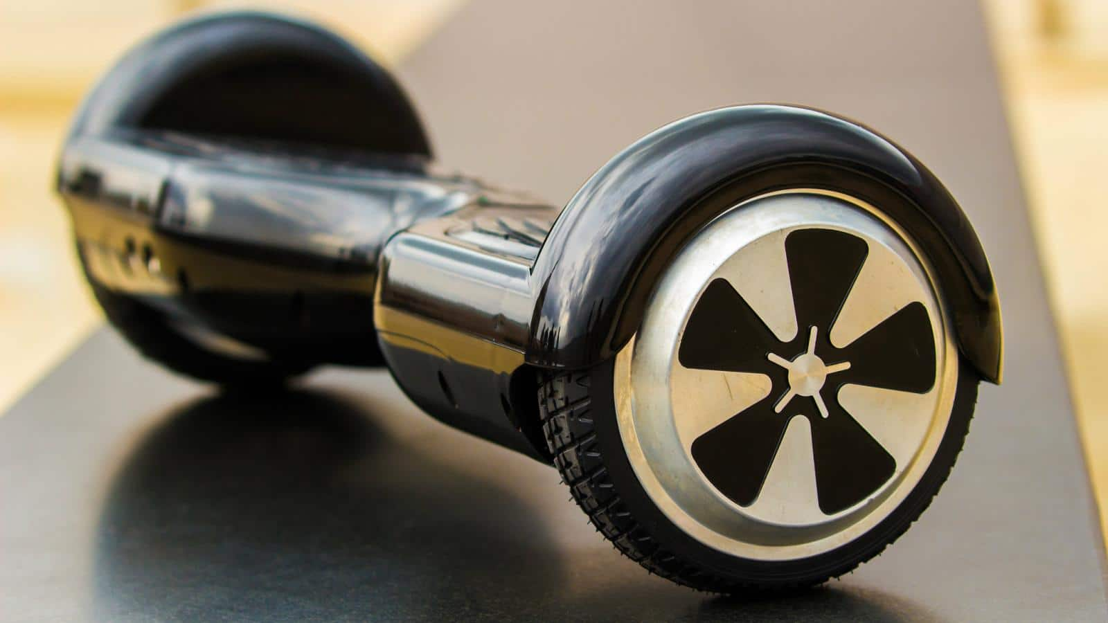 How To Customise Your Hoverboard In A More Fashionable Way?